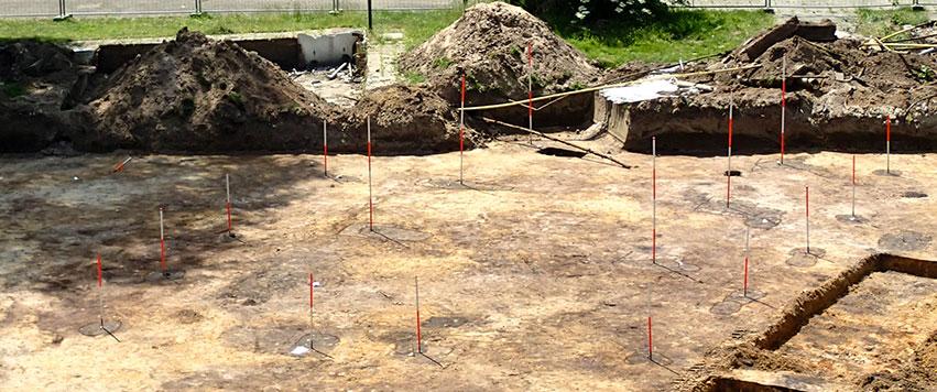 Een opgraving is archeologisch onderzoek dat volgt op een archeologisch vooronderzoek.
